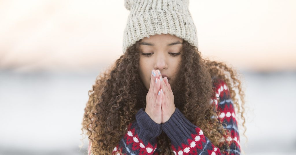 Can you catch a cold in cold weather?