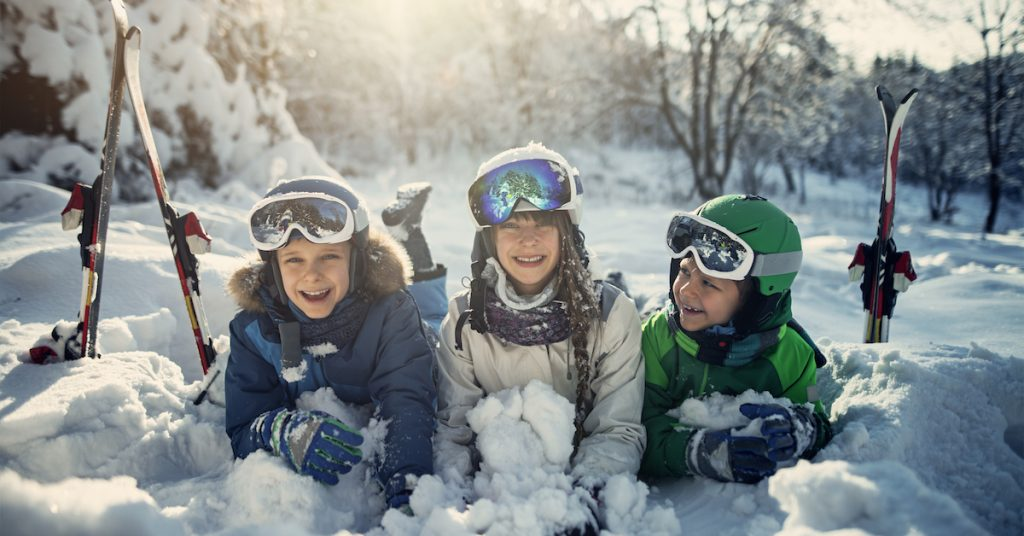 Image of kids in the snow.